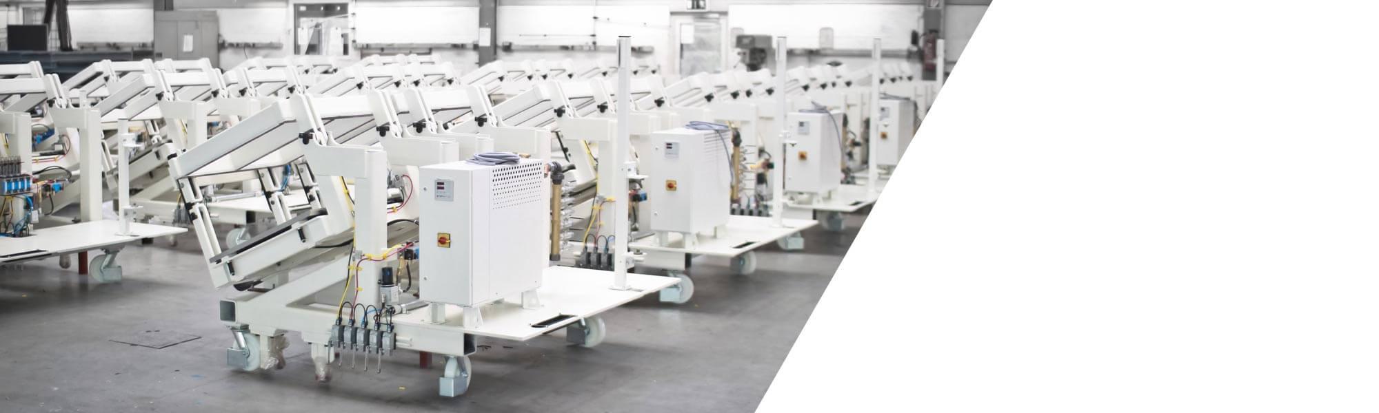 성형 발포 제품의 광범위한 자동화 시리얼 생산 용 모듈라 시스템