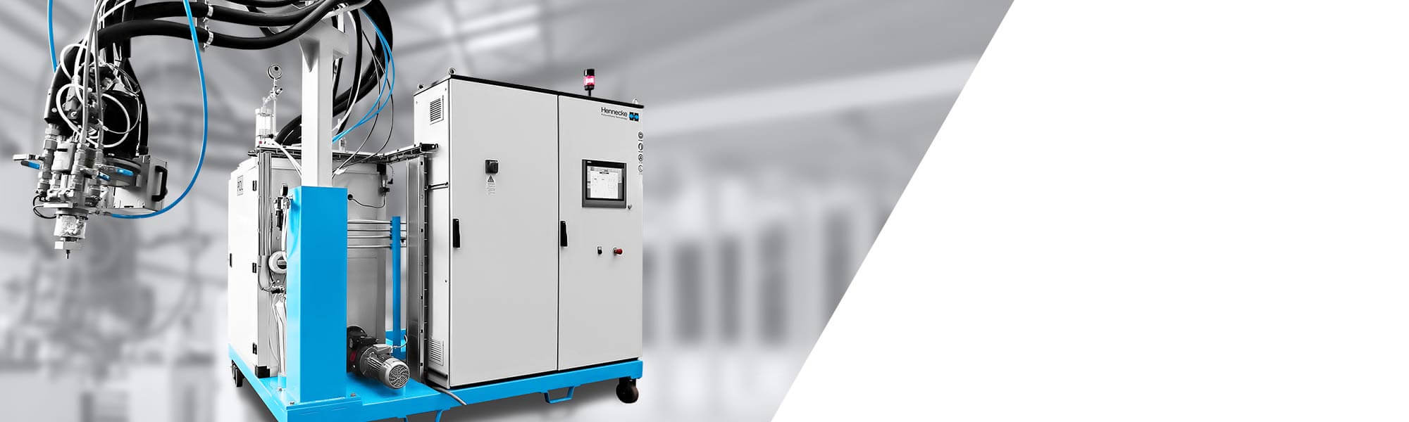 습식 압축 성형(WCM) 응용을 위한 저압 메터링