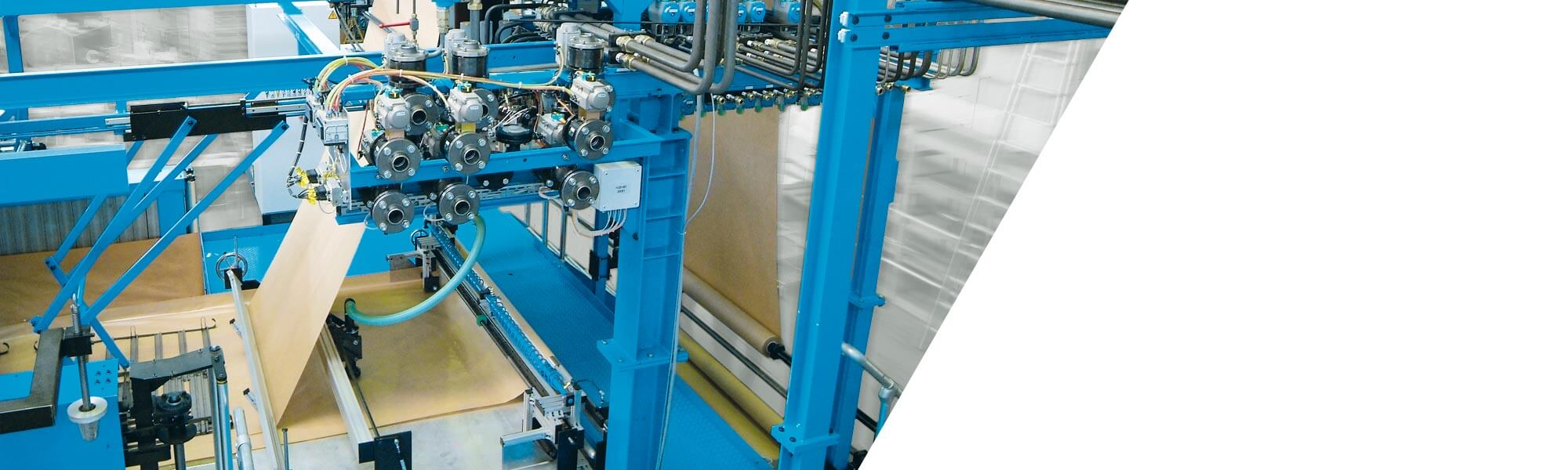 Production lines for the continuous manufacture of high-quality slabstock foams