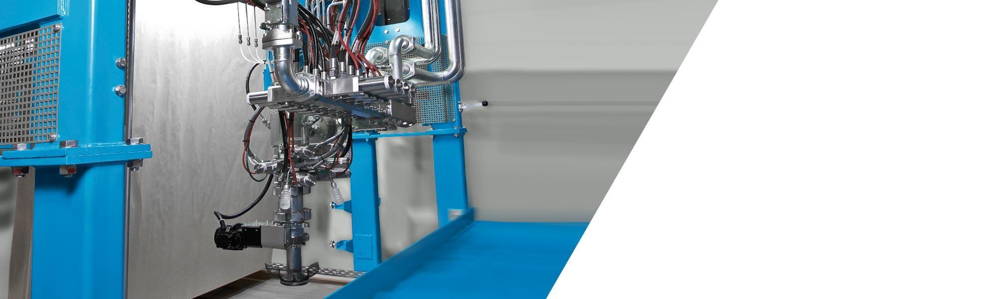 Dynamic stirrer mixer for slabstock applications